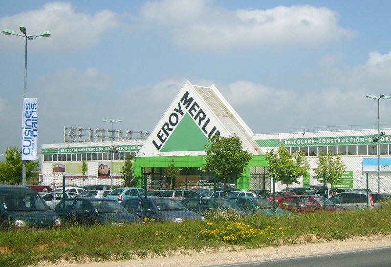Sieć hipermarketów Leroy Merlin została okarana za niezgodne z przepisami praktyki. (Fot. EstherG)