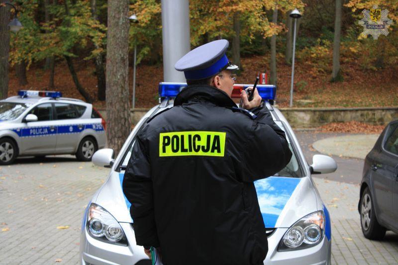 """Wkrótce startuje policyjna akcja """"Znicz 2012"""" w woj. pomorskim. (Fot. KWP Gdańsk)"""