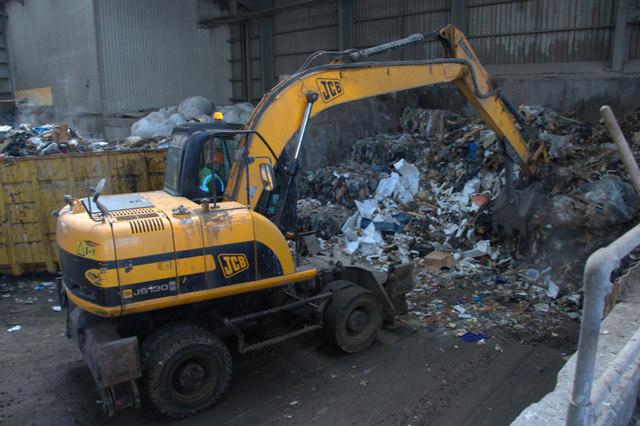 Wysypisko śmieci w Szadółkach