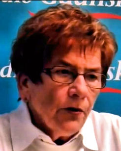 Barbara Kawińska podczas udzielania wywiadu w Radiu Gdańsk.
