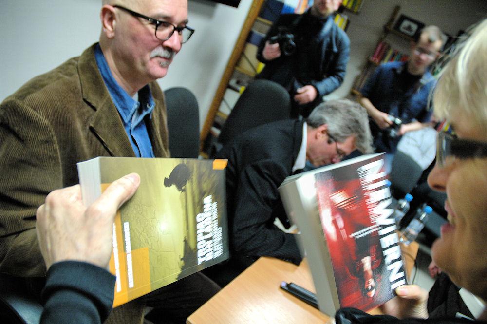 Goście mogli bezpośrednio porozmawiać z byłymi oficerami polskiego wywiadu, Vincentem V. Severskim i Aleksandrem Makowskim.