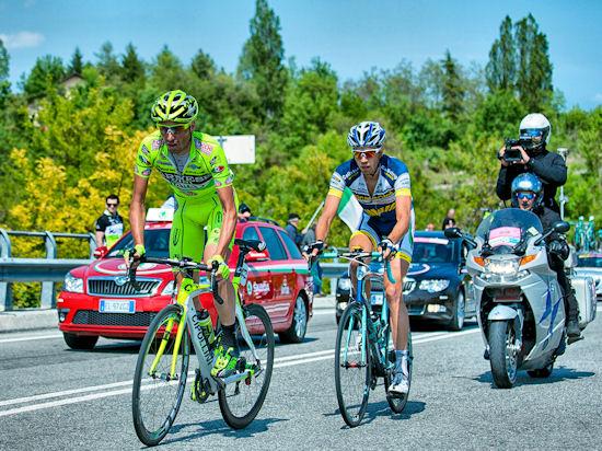 Rozmowa telefoniczna z Czesławem Langiem po 16. etapie wyścigu w Giro d'Italia.
