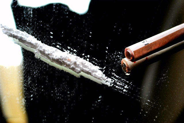 NIK alarmuje: Profilaktyka narkotykowa w szkołach jest nieskuteczna