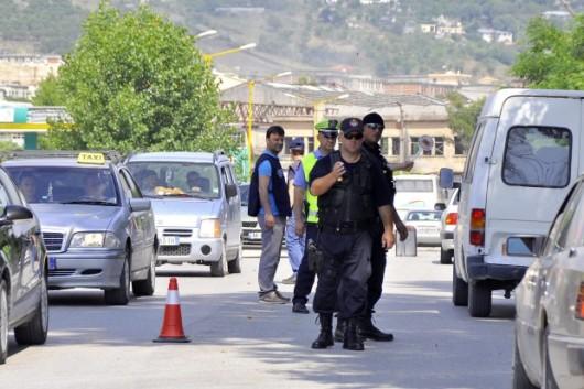 Gangi narkotykowe uzbroiły się po wzniesieniu przez policję blokad