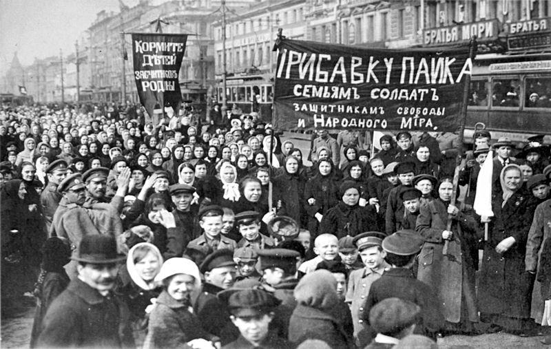 rewolucja_pazdziernikowa